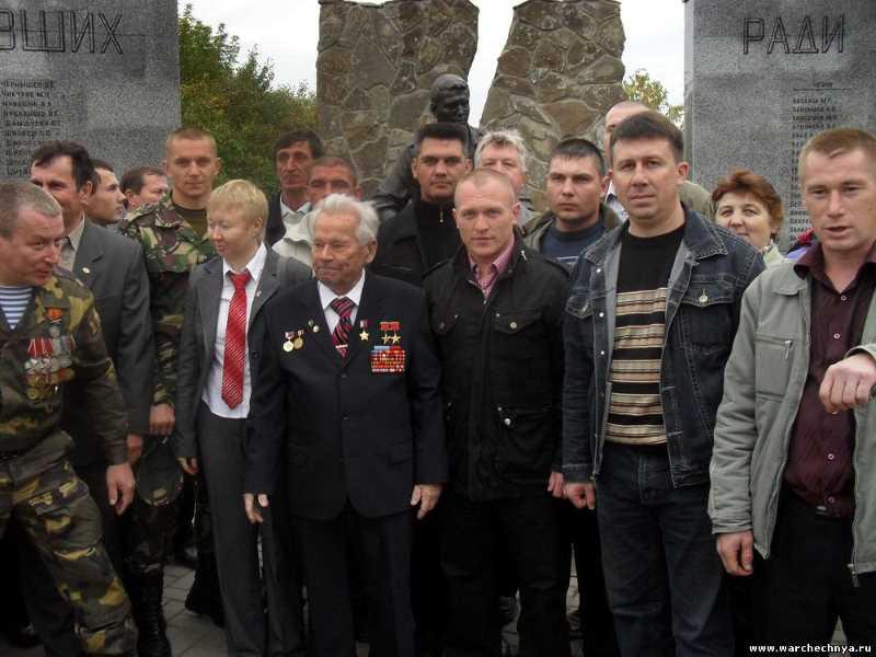 В Ижевске 15 сентября состоялось открытие памятника погибшим в Афганистане, Чечне и других локальных войнах уроженцев Удмуртии.