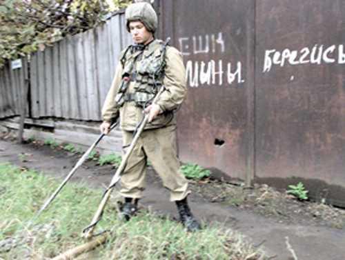 В Чечне при разминировании бомбы погиб солдат-контрактник