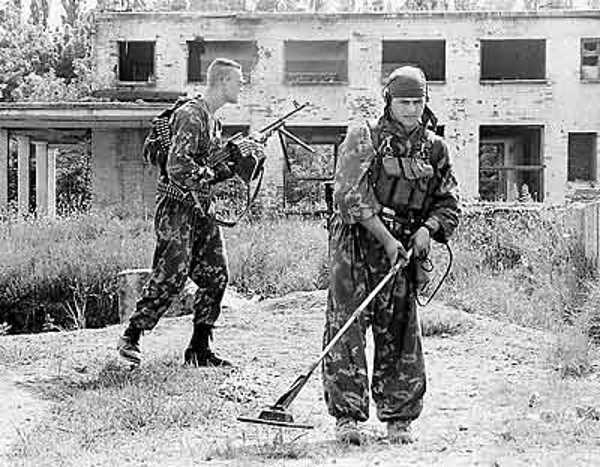 1995 г. Чечня. Собачья работа