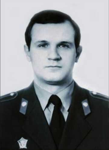 Адамишин Виктор Михайлович