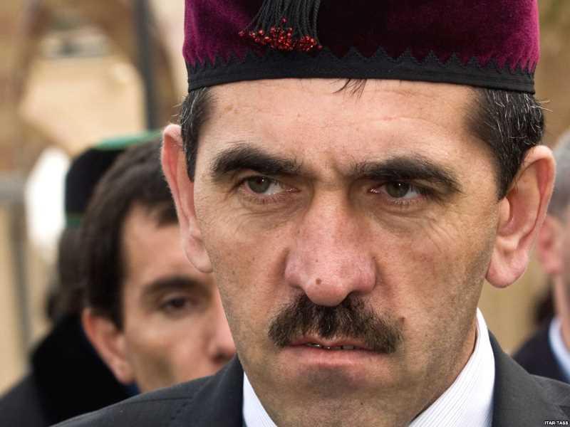 Евкуров потребовал найти пособников убитых боевиков