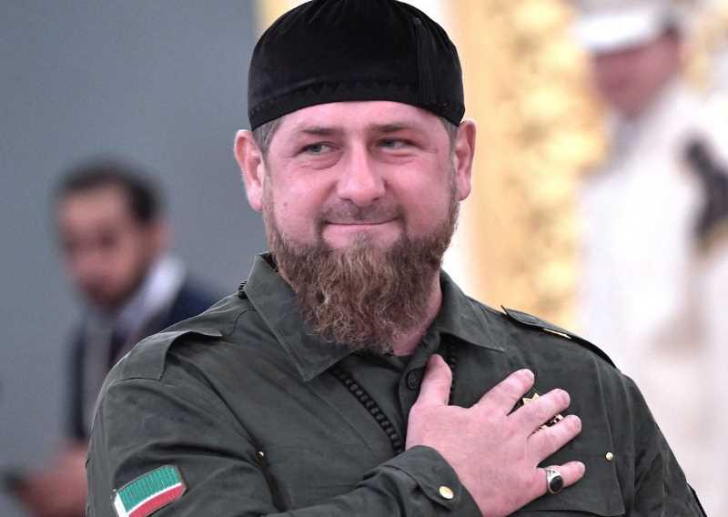 Рамзан Кадыров: «Мы - пехотинцы Путина и готовы пойти пешком, куда он прикажет»