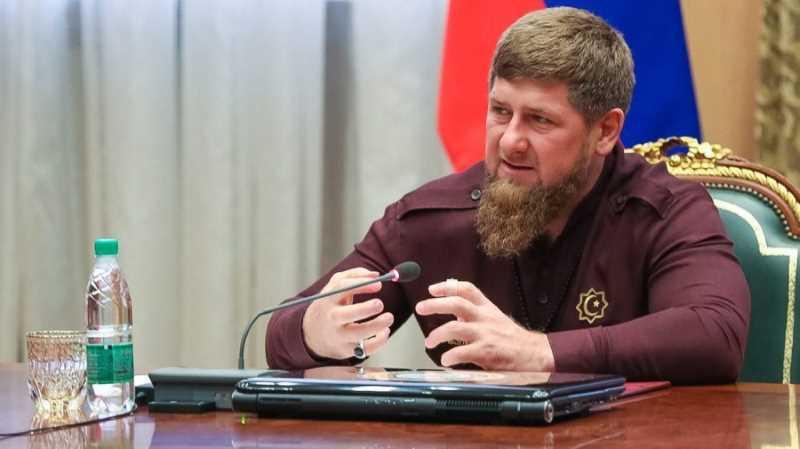 Р. Кадыров: Семьи погибших сотрудников правоохранительных органов должны быть под постоянной опекой