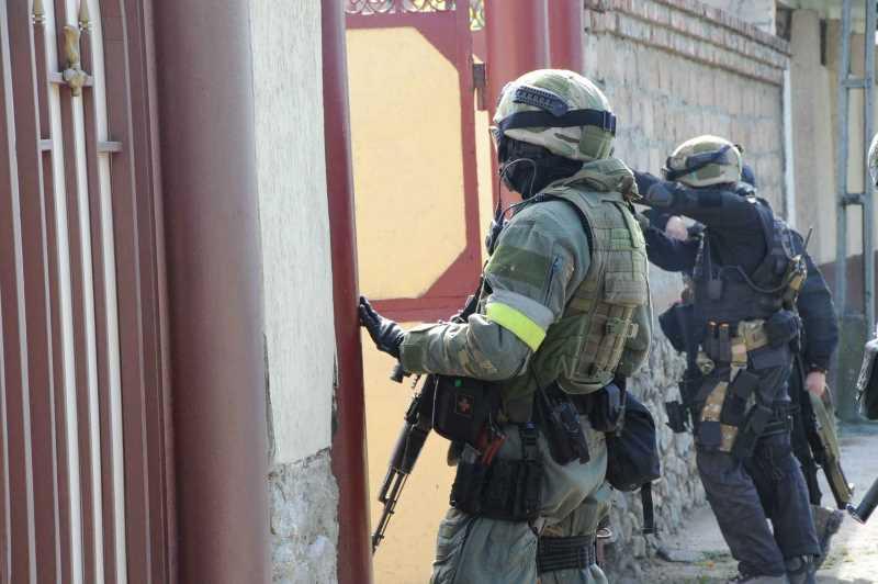 В Дагестане начался поиск боевиков у границы с Грузией