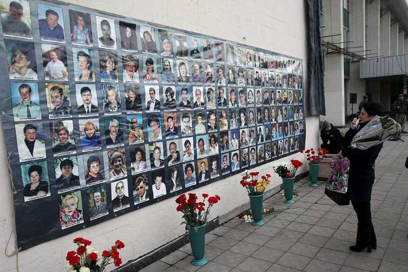 Путин рассказал, как принимал решение о штурме захваченного театра на Дубровке