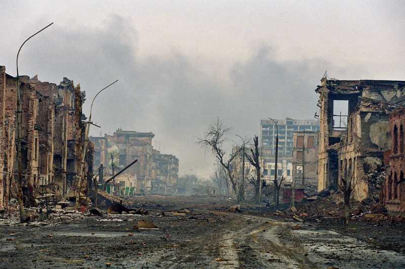 2 февраля 2000 г. Грозный, ул. Мира
