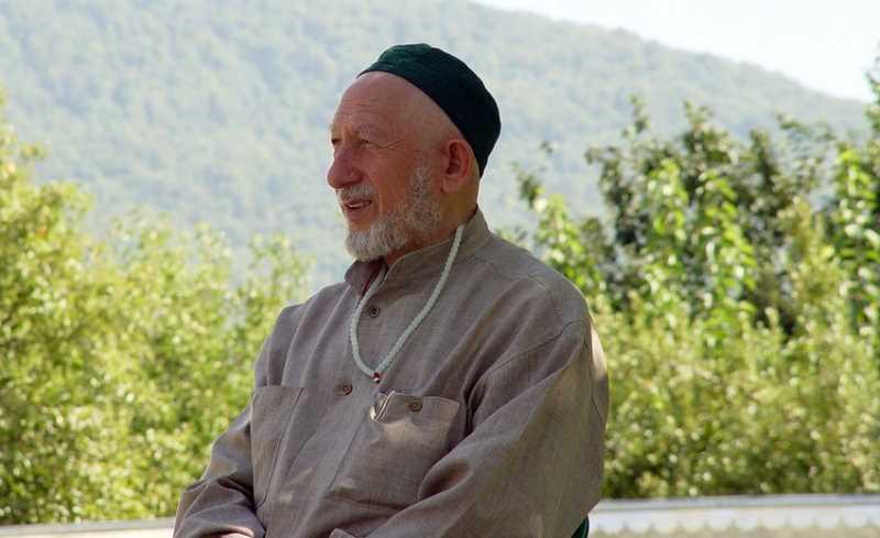 Саид Ацаев, известный в Дагестане религиозный деятель. Взорван смертницей