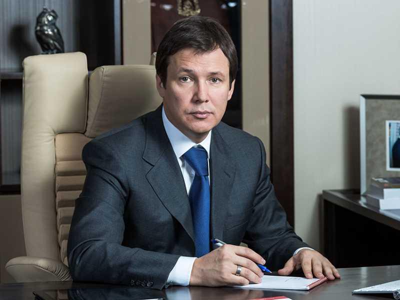 Сергей Абрамов, премьер-министр Чечни. Уехал из республики после странного ДТП