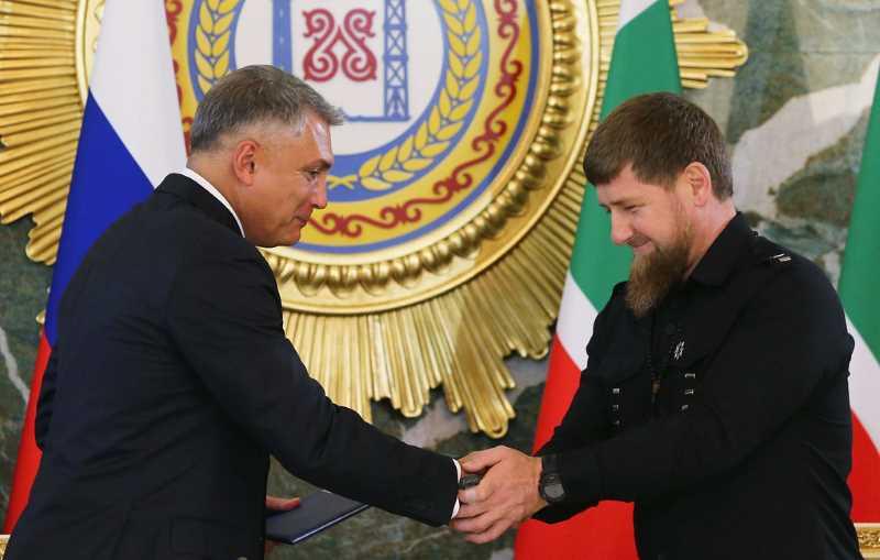Рамзан Кадыров и Александр Матовников посетили российский университет спецназа