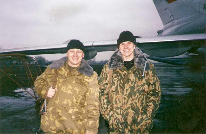 Майор «Альфы» Виктор Воронцов (слева) начинал службу как кадровый пограничник