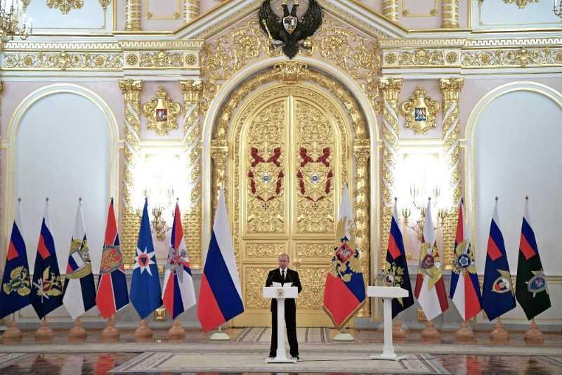 Путин: За 9 месяцев 2018 года ФСБ предотвратила 15 терактов
