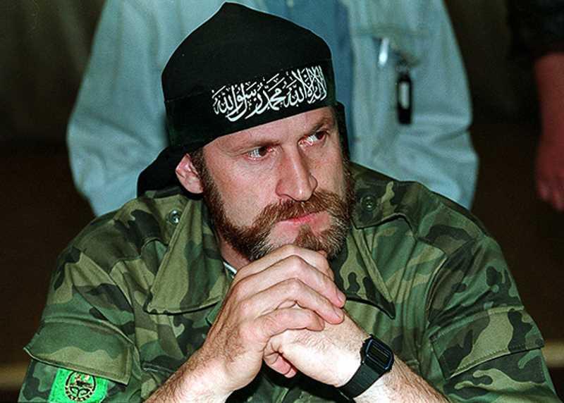 Чеченский полевой командир Ахмед Халидович Закаев