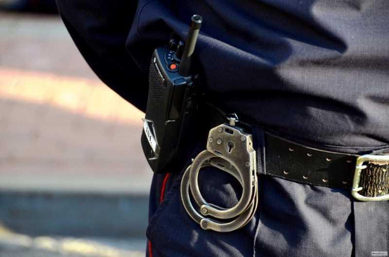 Двух подозреваемых в убийстве полицейского уничтожили в КБР