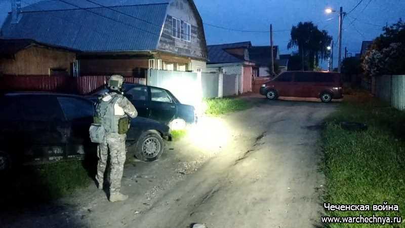 ФСБ России уничтожила двоих боевиков, планировавших теракт