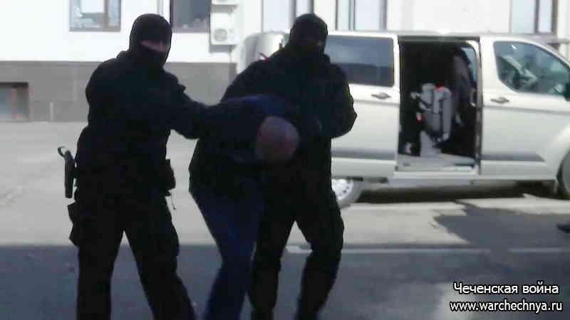 Задержан еще один участник нападения на десантников из 6 роты в Чечне