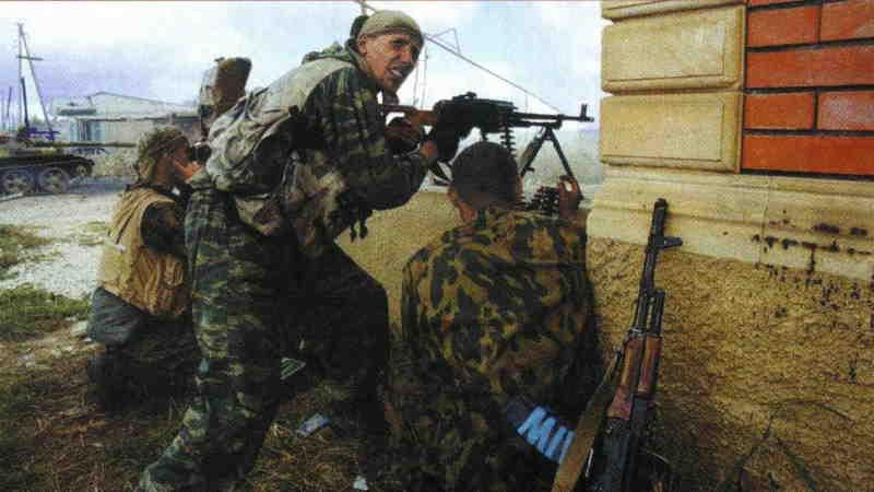 Вторая чеченская война. Карамахи. Два ракурса одного боя
