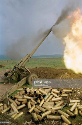 Russian Army Attacks Bamout During First Chechen War3