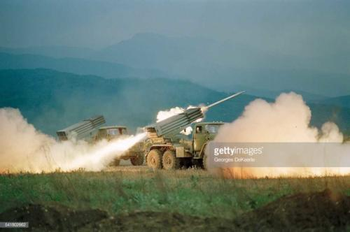 Russian Army Attacks Bamout During First Chechen War4