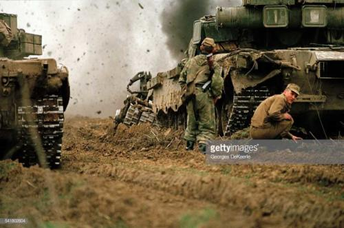 Russian Army Attacks Bamout During First Chechen War5