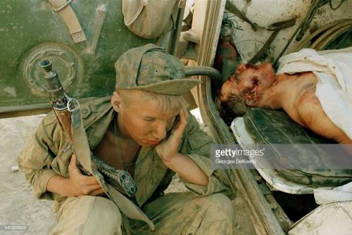 Russian Army Attacks Bamout During First Chechen War6